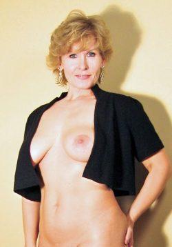 Безумно сексуальная девочка хочет ласки с нежным мужчиной в Липецке