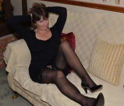 Девушка, брюнетка из Москвы, ищет щедрого мужчину для секса, минета