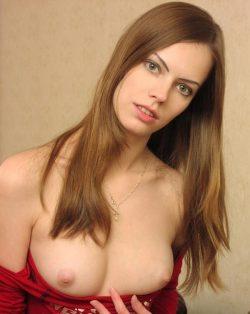 Худенькая, ухоженная студентка! Натуральная блондинка! Ищу мужчину для секса в Липецке.